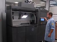 Savoy Moulage accompagne ses clients grâce à l'imprimante 3D HP JET FUSION 4210