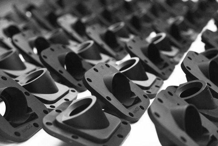 Stratasys fait avancer sa stratégie de fabrication additive à pas de géant avec trois nouvelles imprimantes 3D